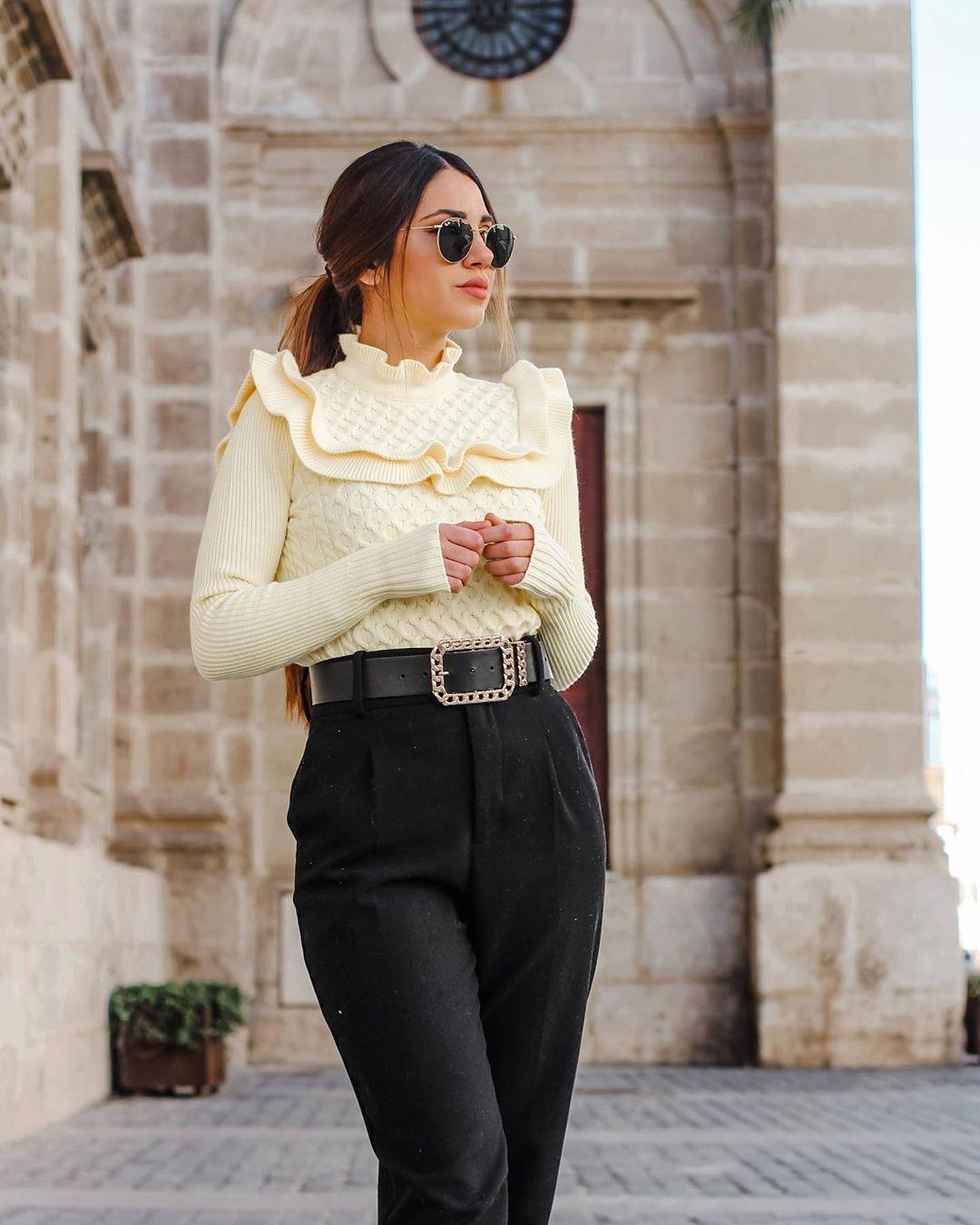 sweater with twists and ruffles de Zara sur maricarmencarrionmateo