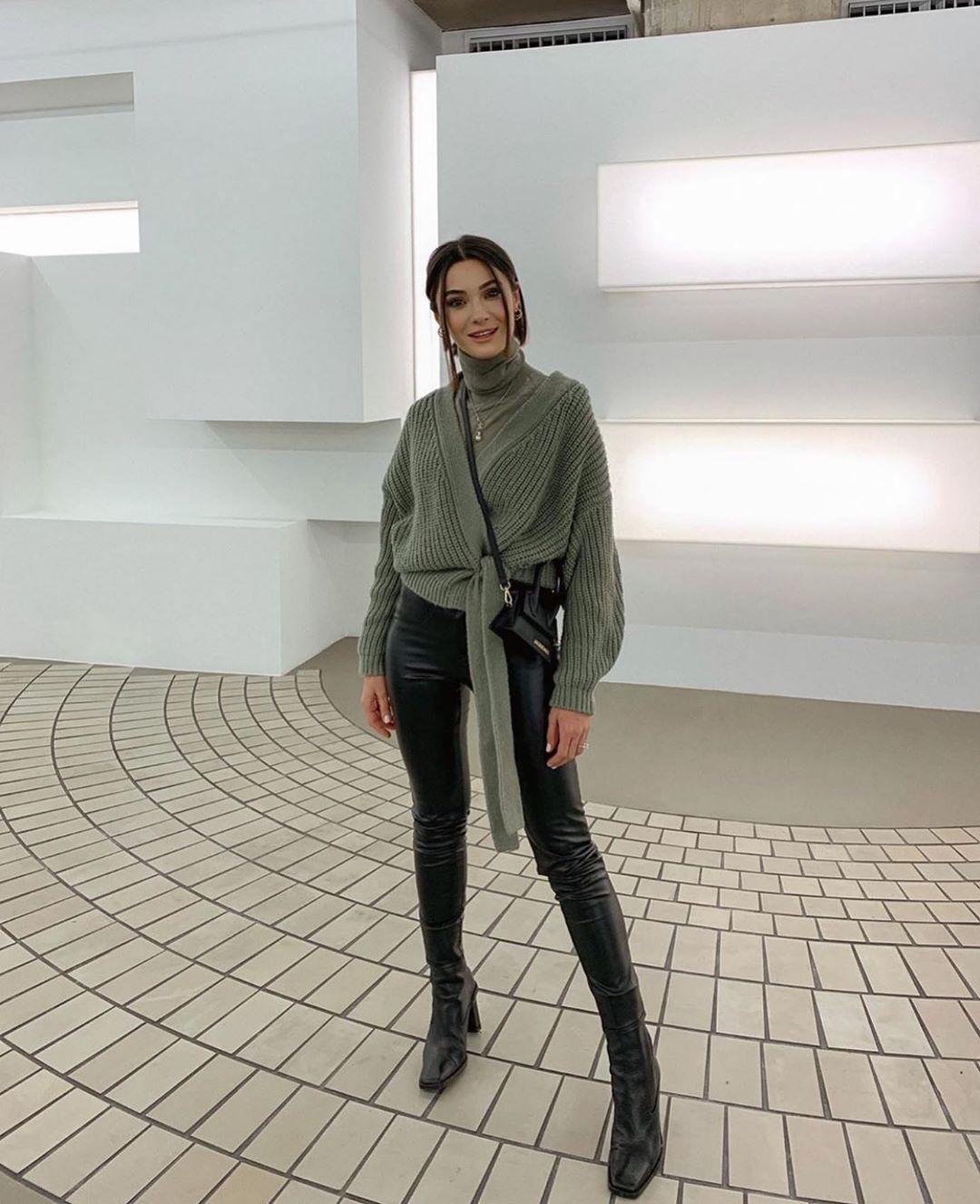 waxed effect leggings de Zara sur zarastreetstyle