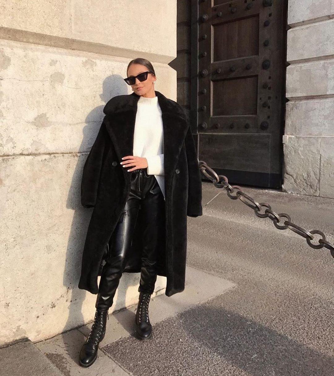 synthetic leather cargo pants de Zara sur zaraaddiction