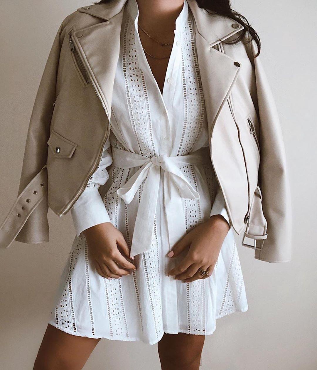 robe courte brodée de Zara sur zara.outfits