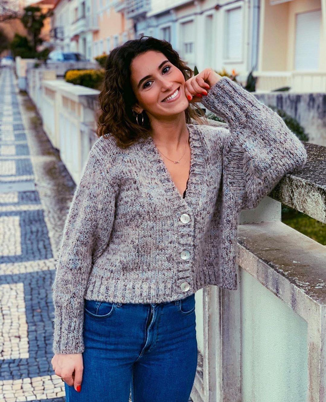gilet court avec laine de Zara sur zara.outfits