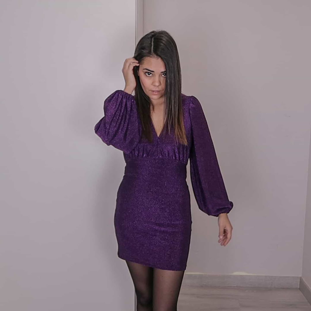 draped dress with ball sleeves de Pull and Bear sur beautylissi