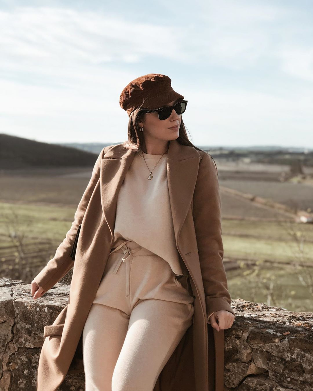 matching mid-waist trousers de Zara sur larascarrasco