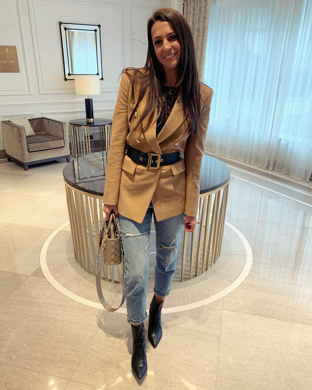 crossover breasted jacket de Zara sur stephanie.tuccitto
