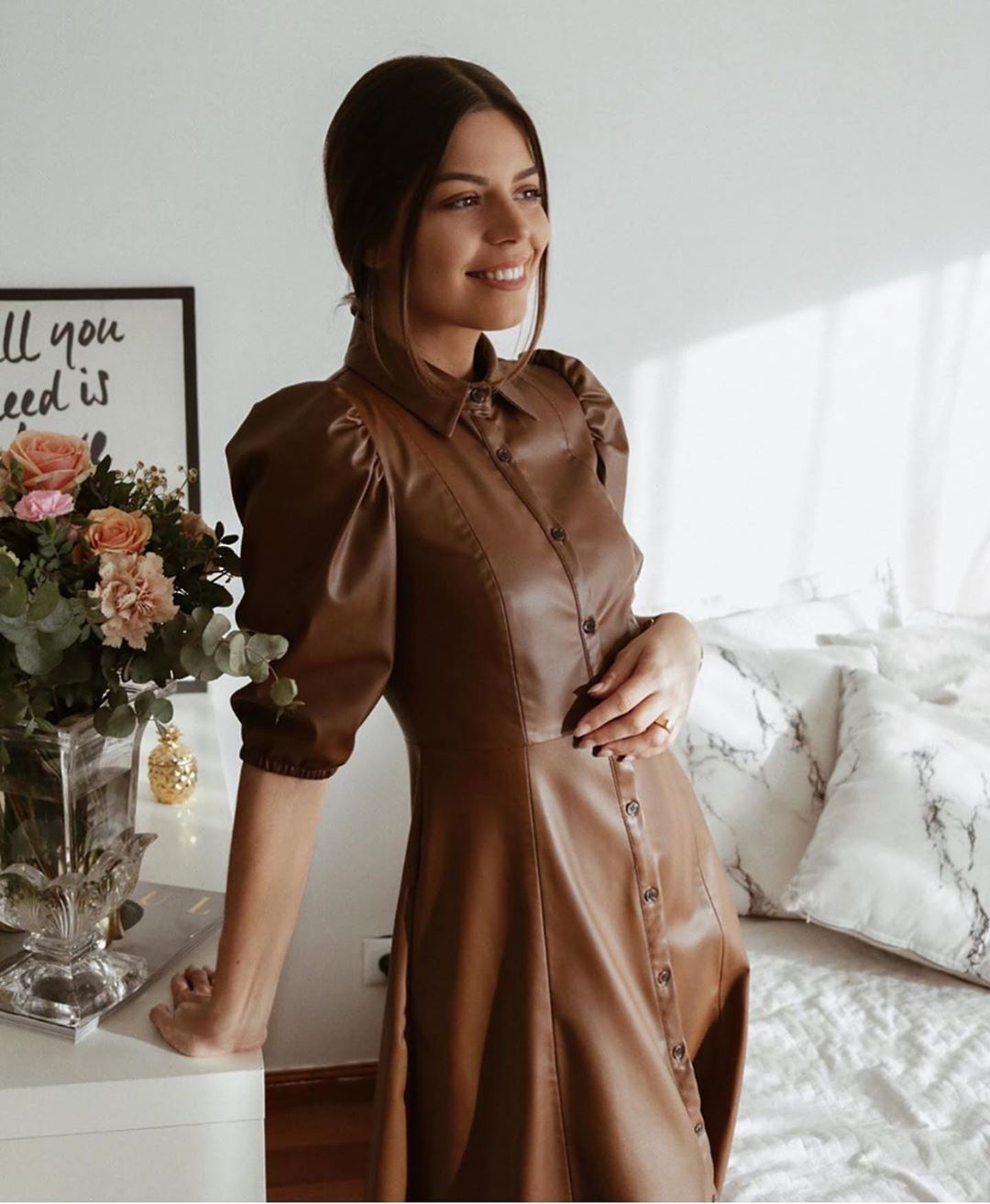 robe chemise en cuir synthétique de Zara sur zara.outfits