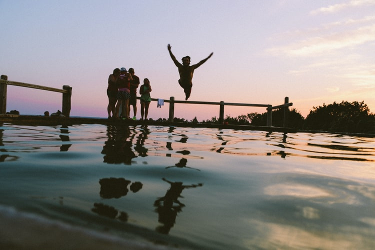 casa con piscina para celebraciones