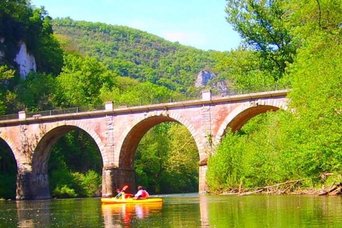 Canoe rental 2 days