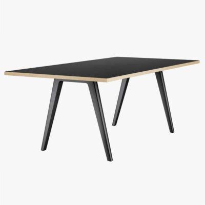 Thonet-Tables-1500-carré