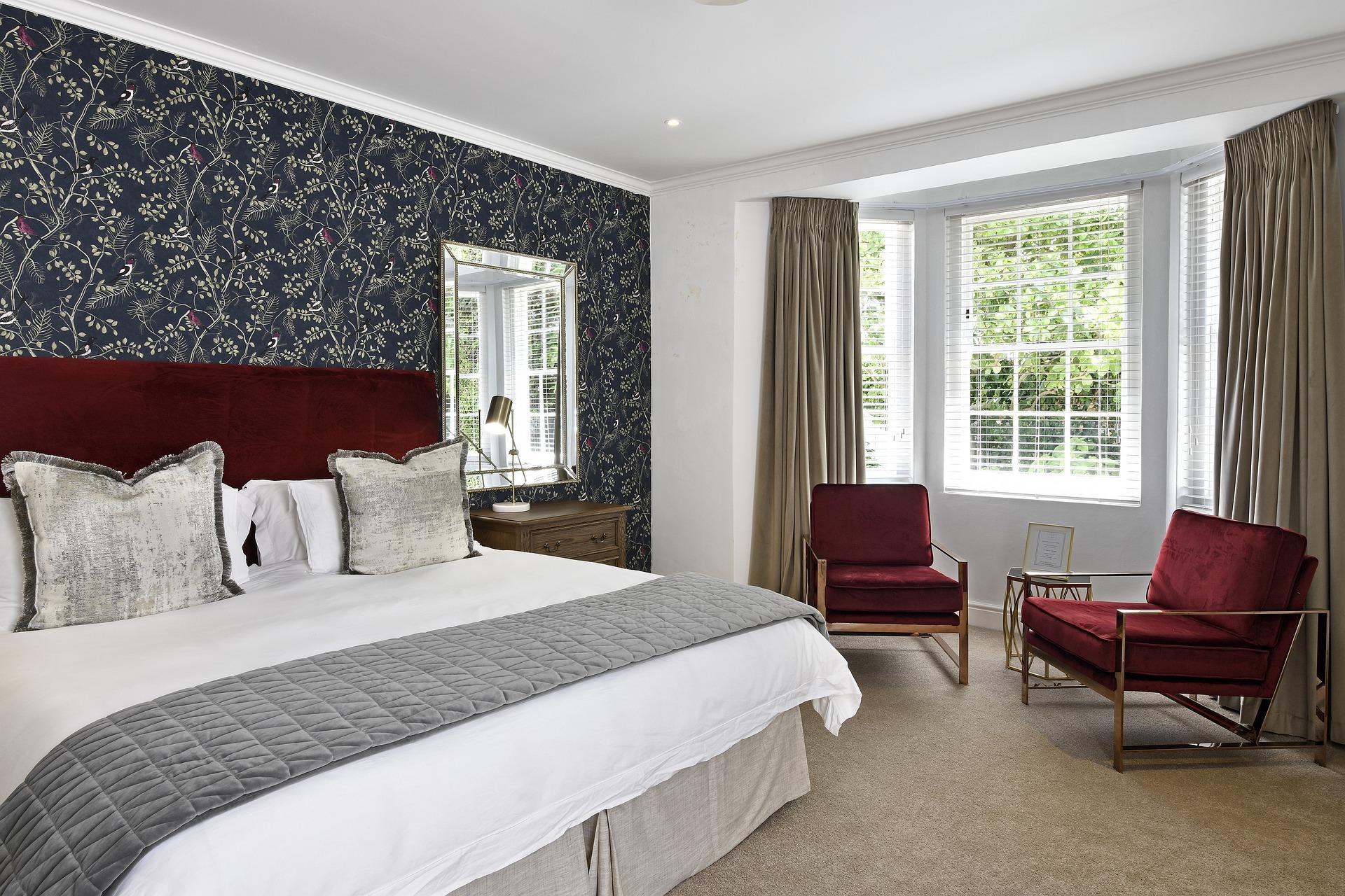 Guide_d_aménagement_intérieur_:_une_chambre_à_coucher_principale_magistrale_