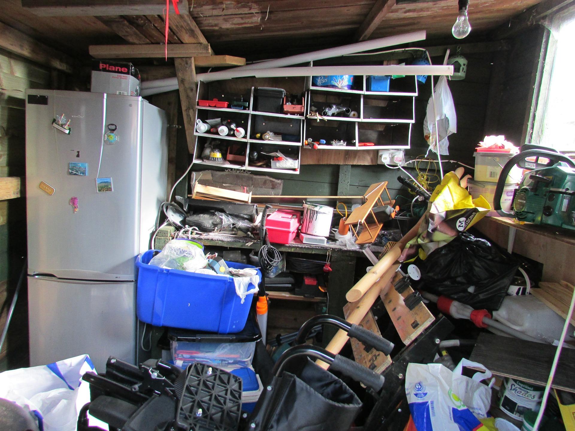 Organiser_et_désencombrer_votre_garage_pour_que_vous_puissiez_à_nouveau_vous_y_garer