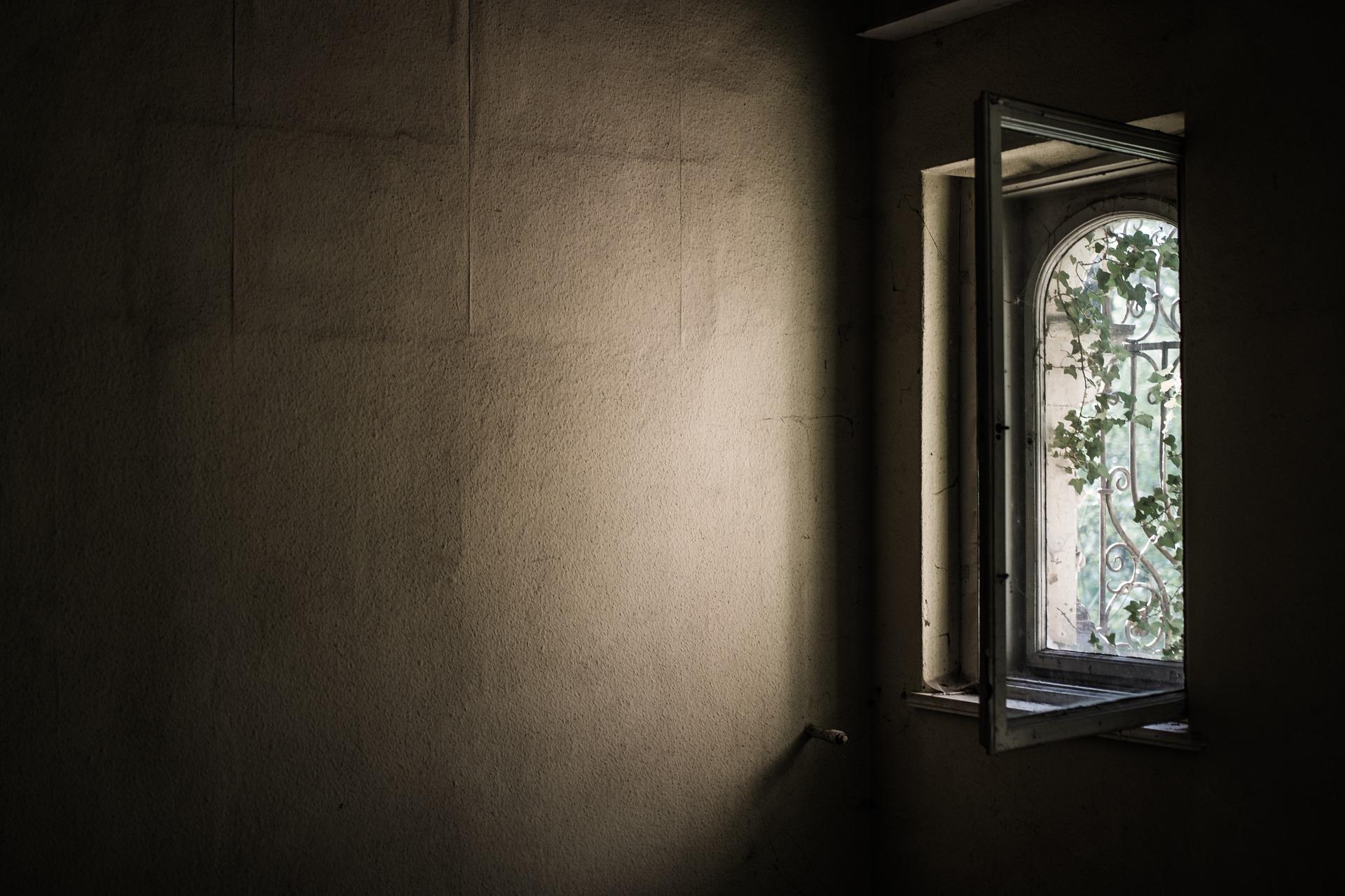 7_Signes_montrant_qu_il_est_temps_de_remplacer_vos_fenêtres