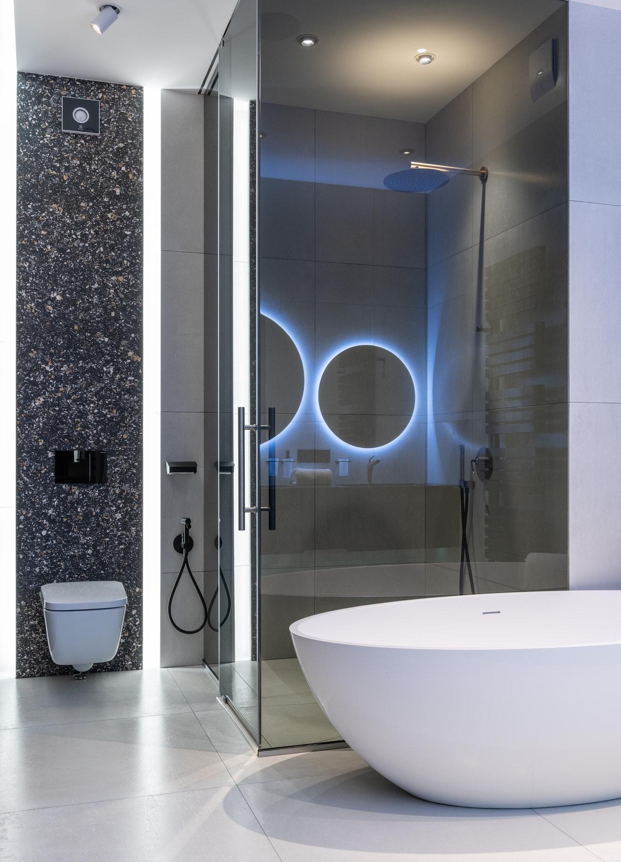Comment_éviter_le_désordre_et_adorer_votre_douche_sans_rebord