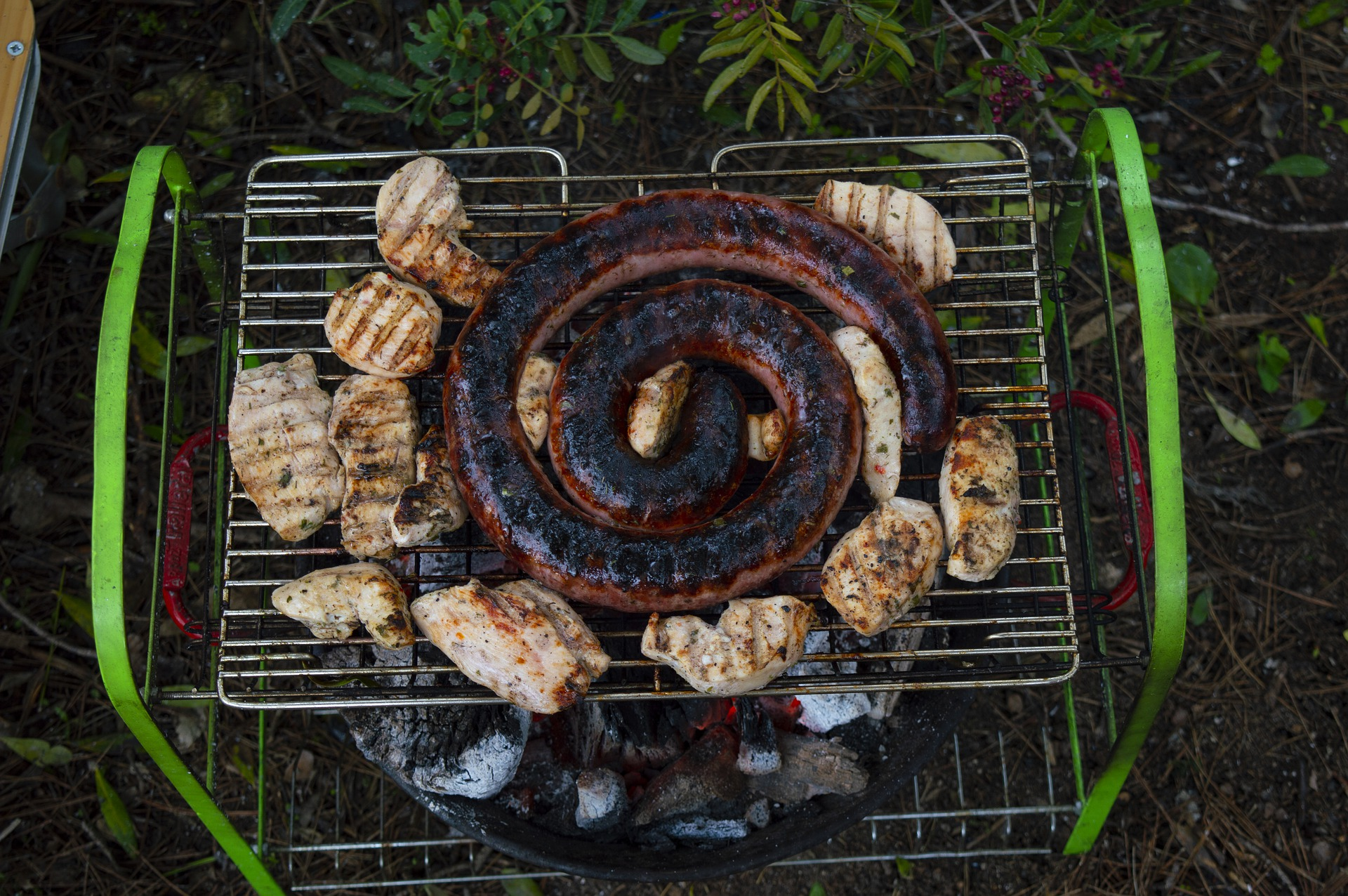 3_conseils_pour_organiser_un_barbecue_en_été___Comment_organiser_une_fête_en_plein_air_?