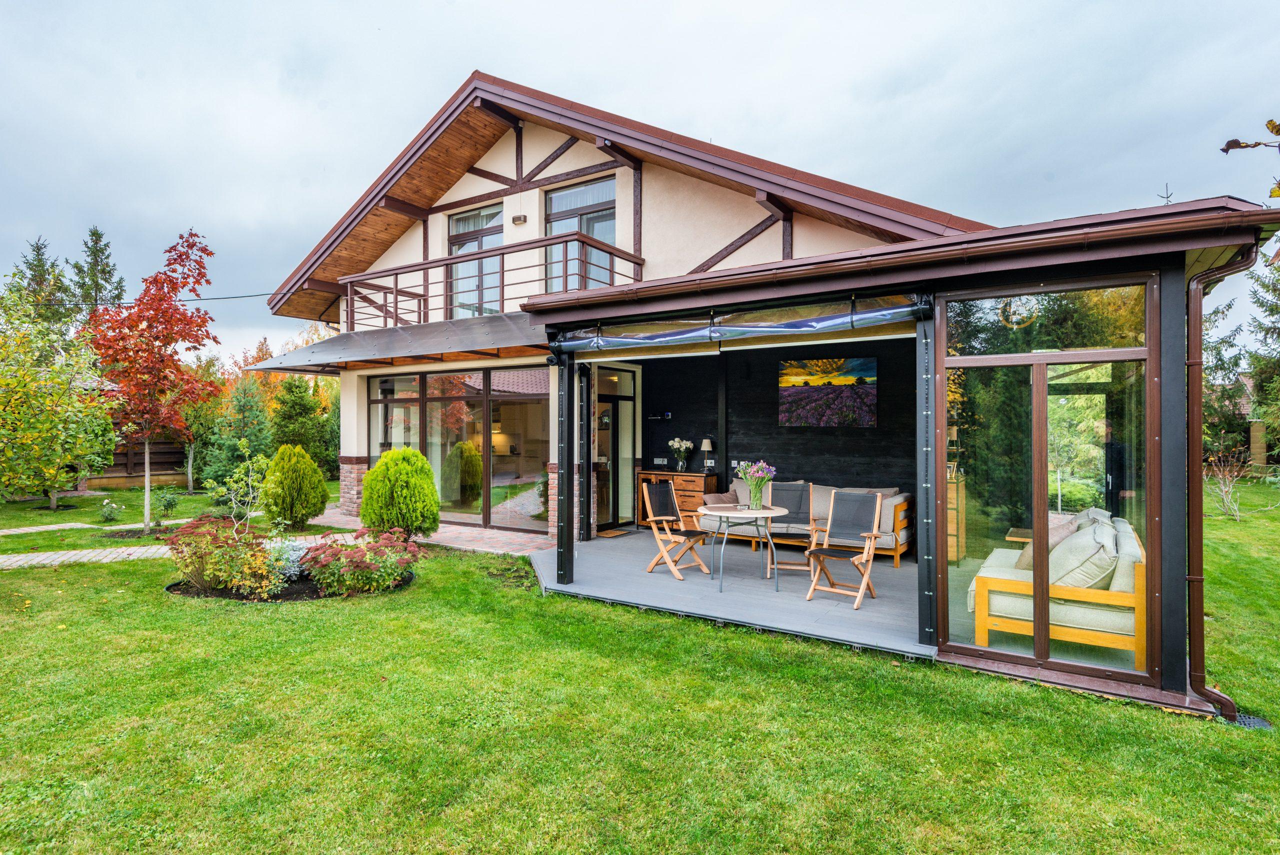 3_raisons_d_acheter_une_véranda_pour_votre_maison