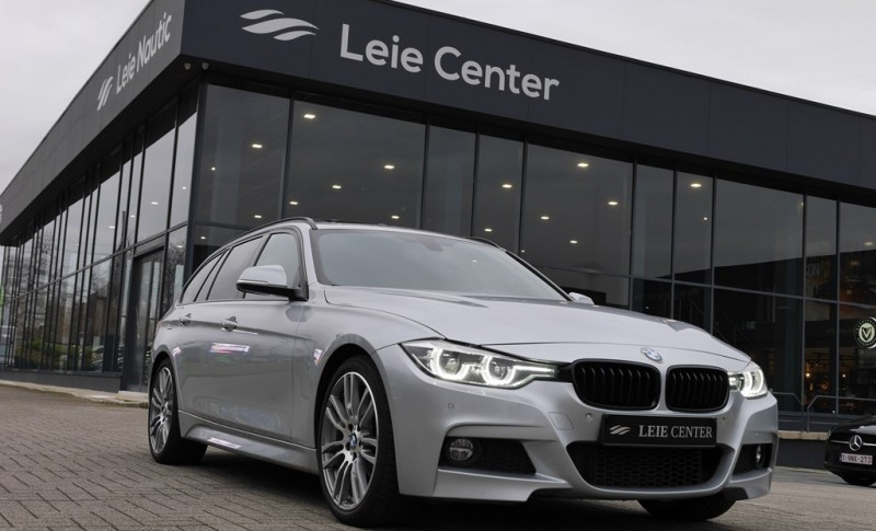 BMW 318 PACK M - 40 YEARS EDITION - LED - PANO - LEDER - ALU 19""