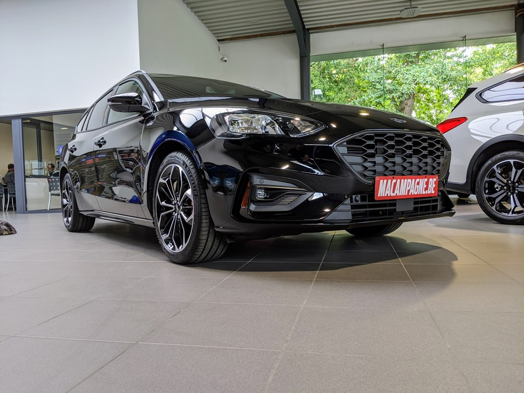 Stockwagens - Ford Focus Clipper ST-Line X 1.0i Ecoboost 125pk A8 AUTO GPS DAB+