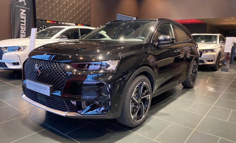 DS DS 7 Crossback E-TENSE LOUVRE LIMITED EDITION