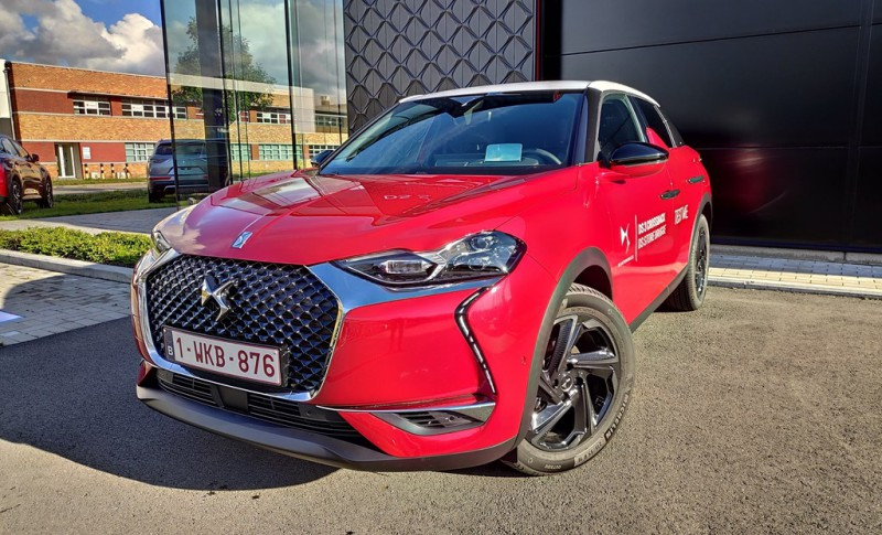 DS DS 3 Crossback So Chic  Head-Up  Leren zetels