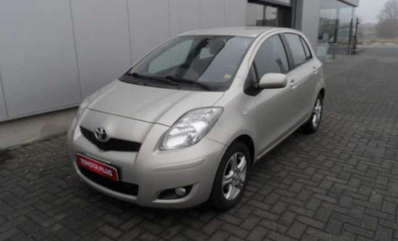 Toyota Yaris 1.33 Dual VVT-i ECO w/ Stop and Start