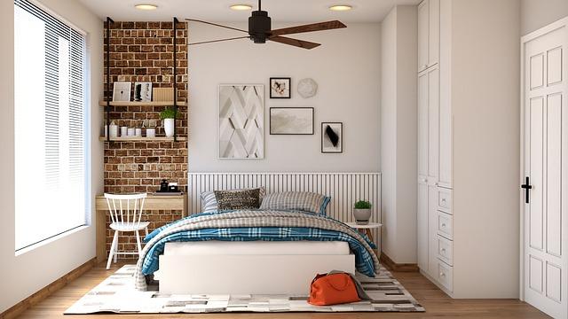 chambre à coucher avec bureau