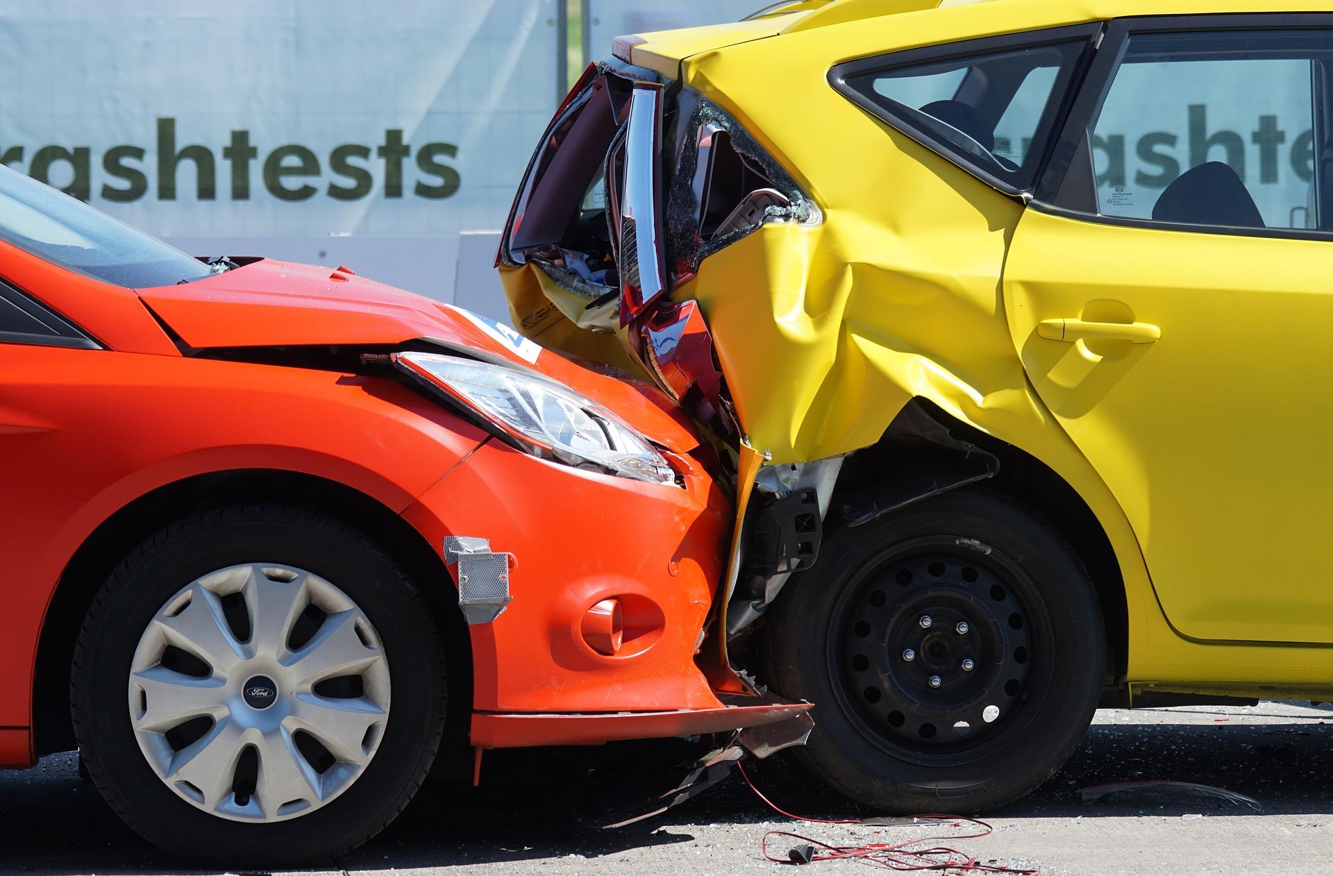 Assurance_auto_complète_et_assurance_auto_au_tiers