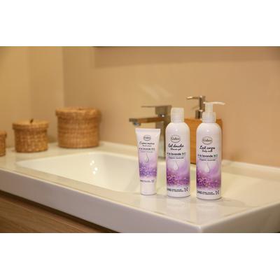 Organic lavender range with shower gel, body milk, hand creams, face cream, soaps or box sets