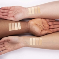 """COVERING FOUNDATION """"L'INCONTOURNABLE"""" – COLOR IVOIRE – MATIFYING – 24H HOLDING"""