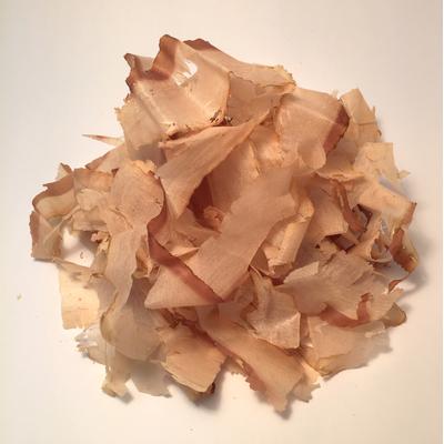 Thin flakes of skipjack tuna , dried and smoked