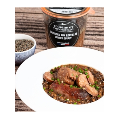 Sausages with green lentils from Le Puy