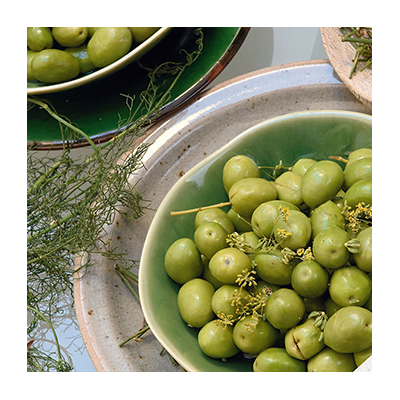 Split Green Olives from Provence with Wild Fennel