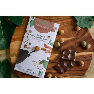 Dominican Republic milk chocolate 50% cocoa with hazelnuts - 70g