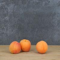 Abricot détail, barquette de 1kg