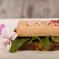 Foie gras canard mi-cuit ent,colis de 5 barqquettes de 1kg