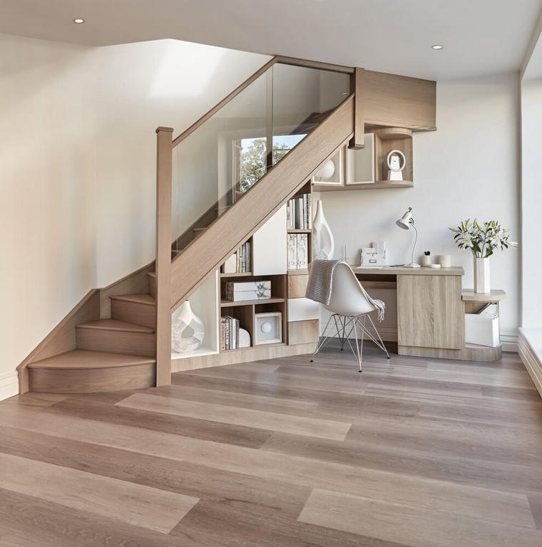 stockage sous escalier