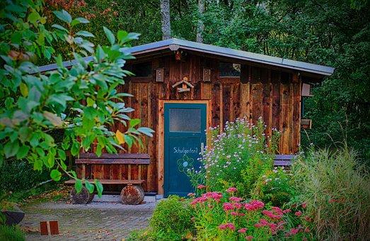 Faites le bon choix de matériaux pour avoir un abri de jardin solide et durable