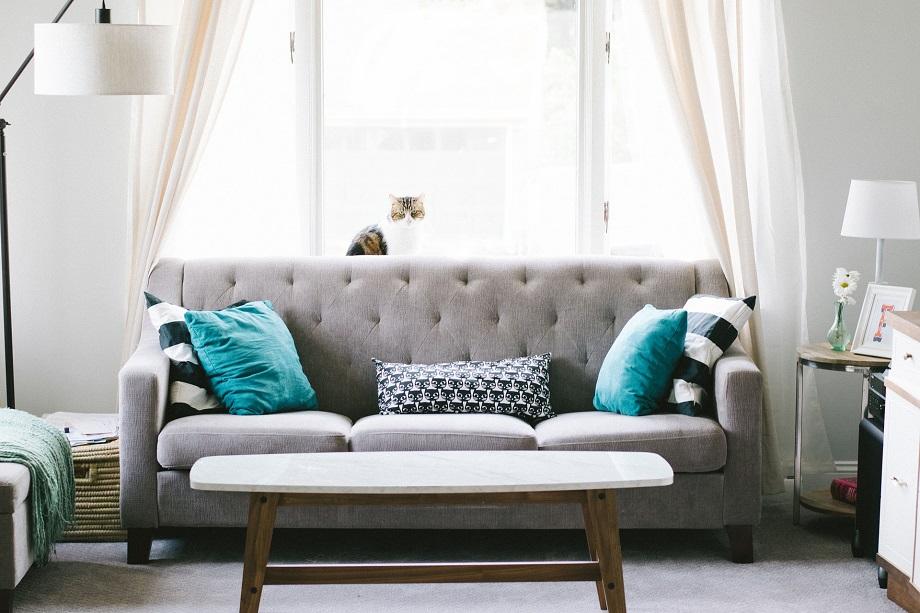 Comment trouver la bonne disposition de canapé pour votre maison