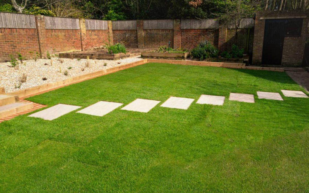 Comment faire de jolis accotements au jardin ?