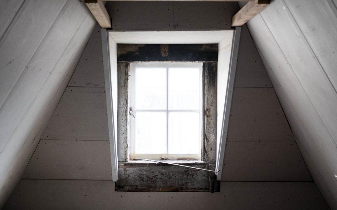 Comment entamer des travaux de rénovation dans les combles ?