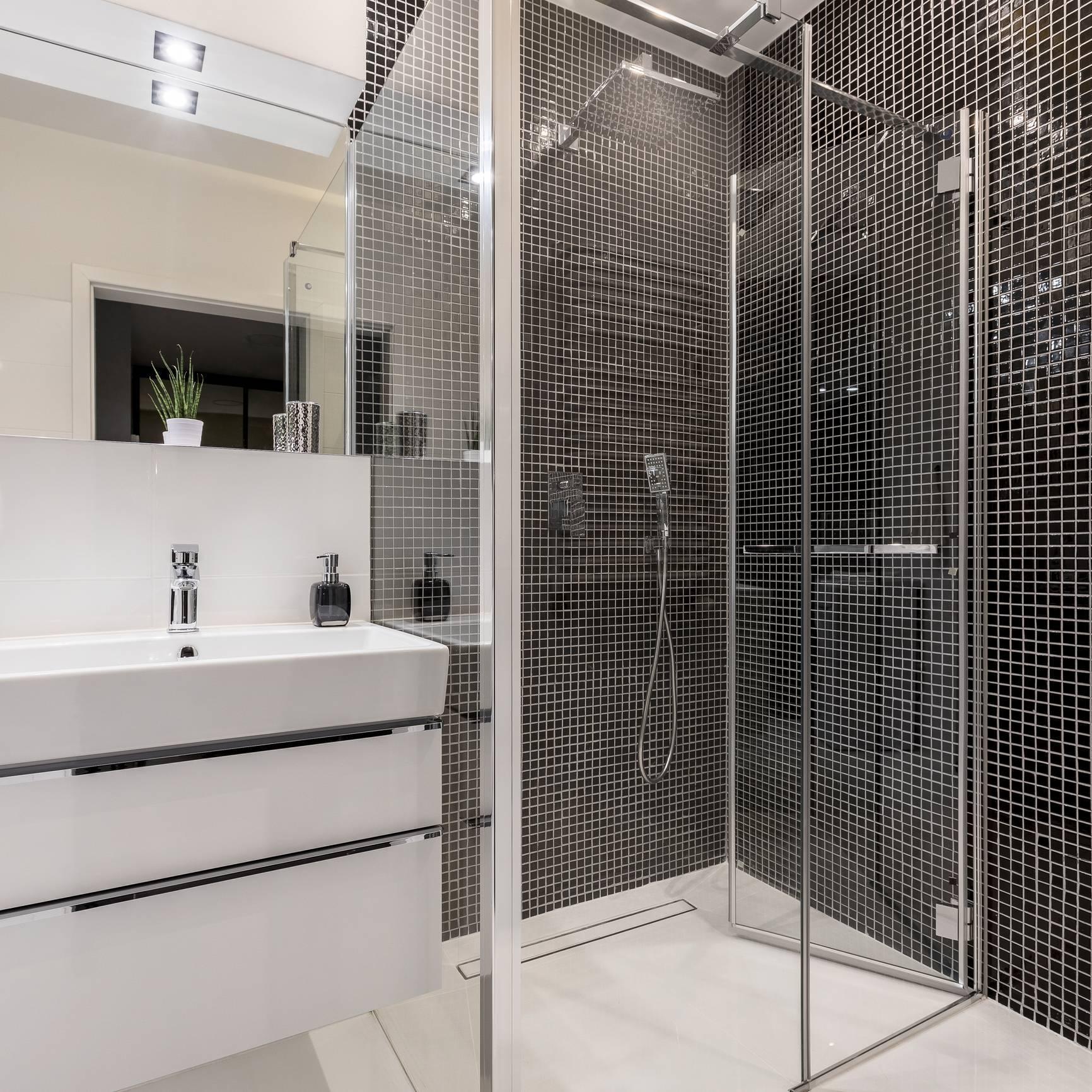 douche haut de gamme, receveur de douche