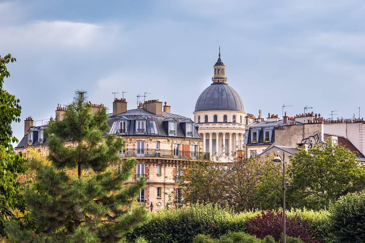 comment procéder pour investir à Paris