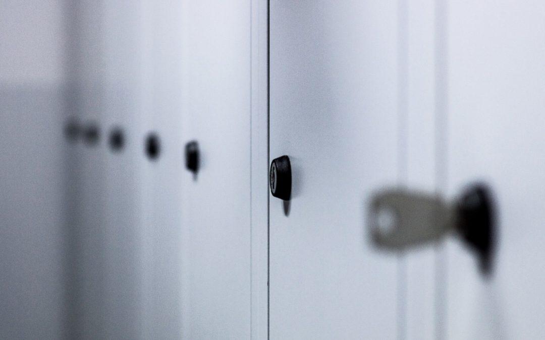 La société CIMM est spécialisée dans la vente des casiers et des vestiaires