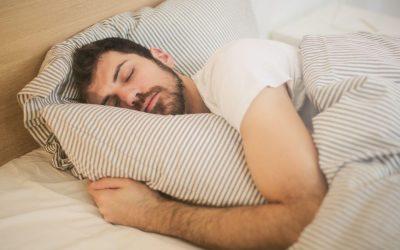 Offrez-vous une meilleure nuit de sommeil avec un sommier en bois massif