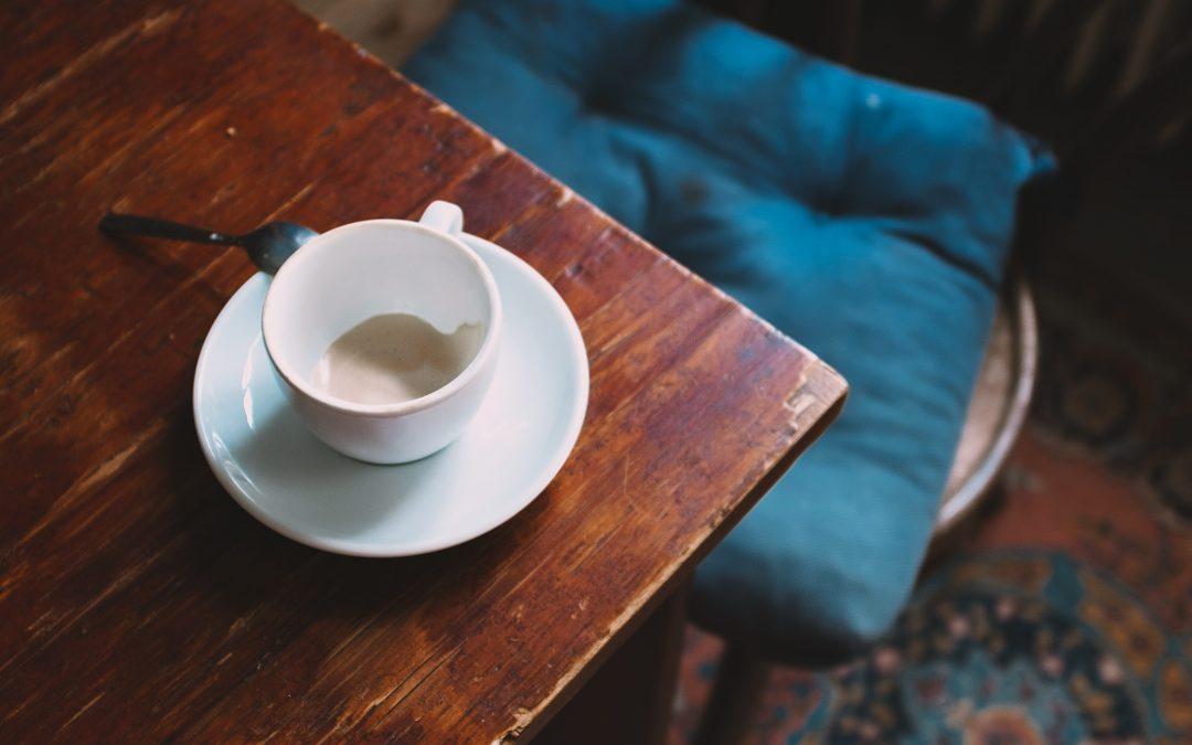 Comment styliser : Pièces vintage pour votre table – coco kelley