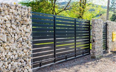 Installation de clôture par des professionnels