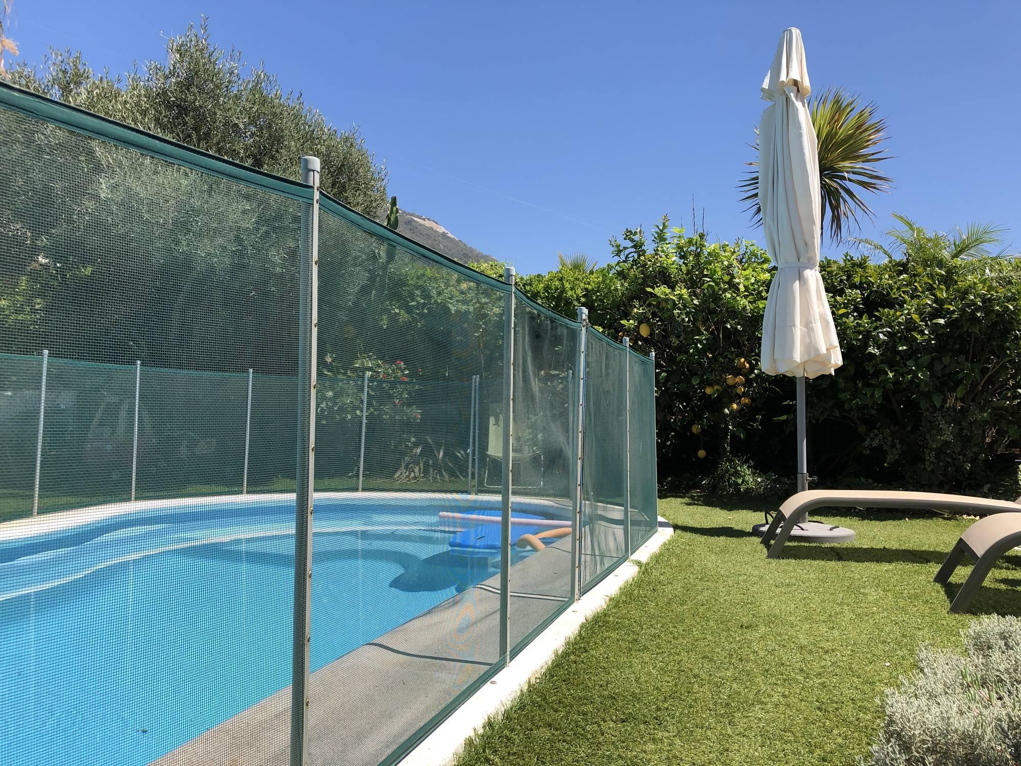 Barrière de piscine protection