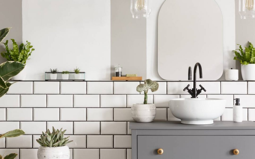 Salle de bain : pensez aux stickers carrelage décoratifs !
