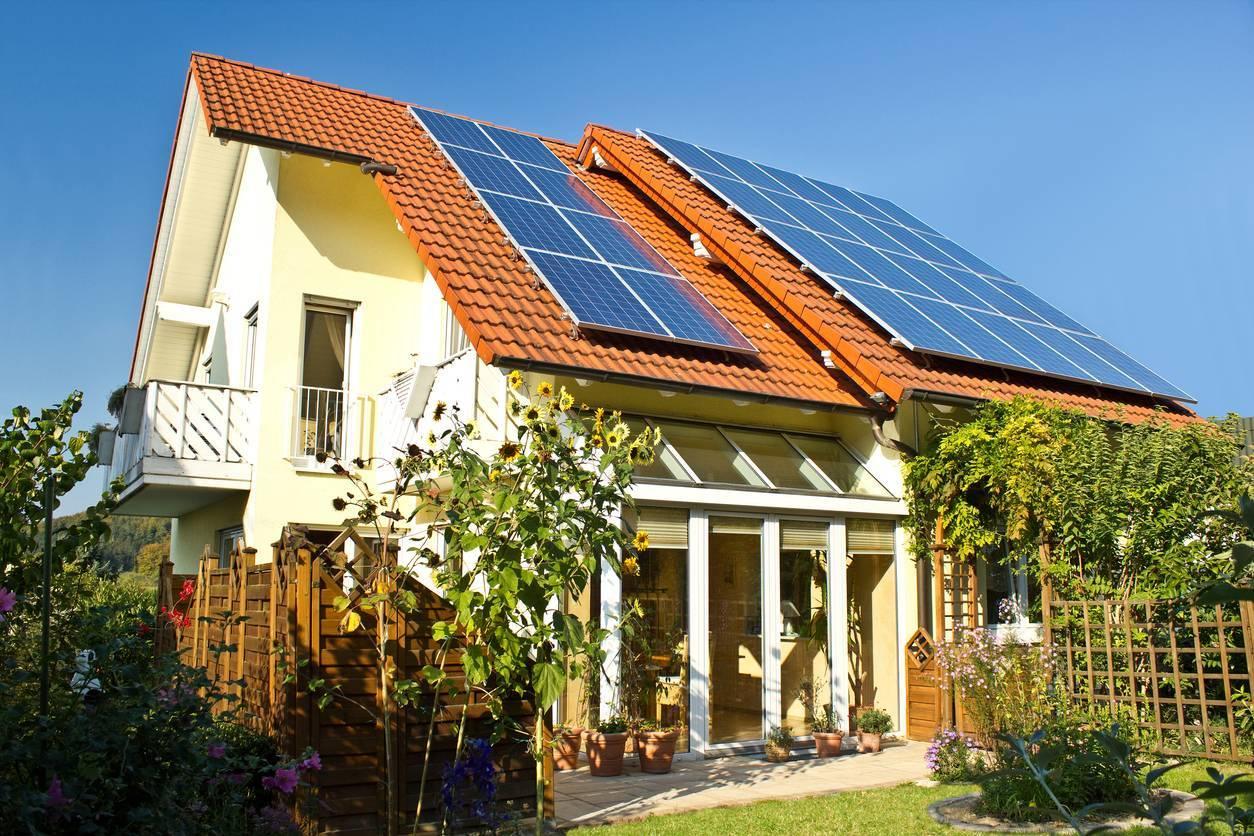 maison panneaux solaires autoconsommation
