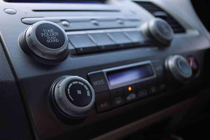 test poste radio voiture