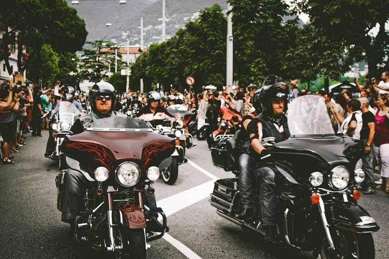 achat pantalon moto