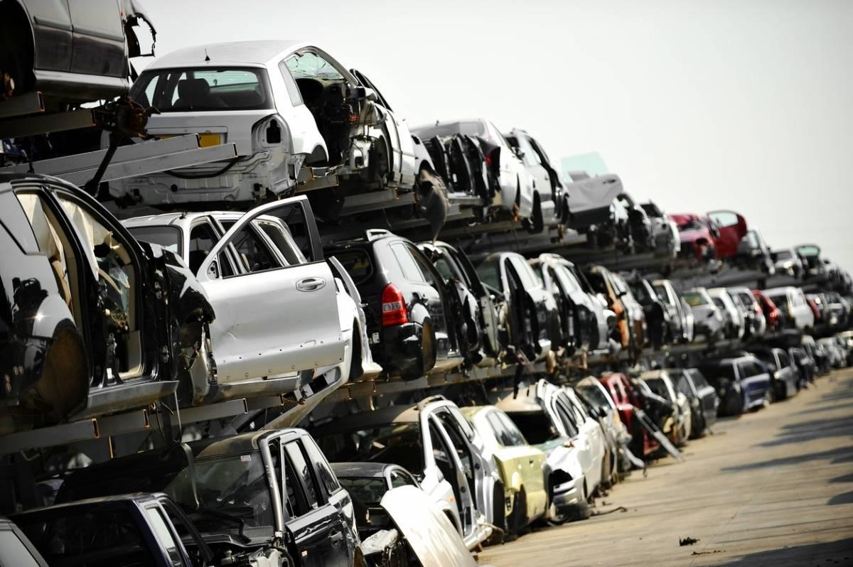 deconstruction-automobile-avantages-casses.jpg